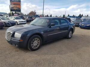 2008 Chrysler 300 Touring -LOW KMS/COMES WITH 3MTH WARRANTY +