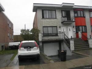 5 1/2 Bas Duplex à Louer / Lower duplex for rent @ Lachine