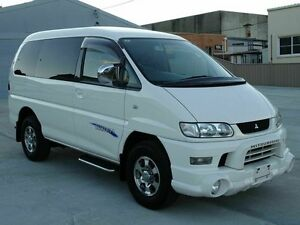 2004 Mitsubishi Delica SPACEGEAR 3.0 LT V6 White 4 Speed Automatic Wagon Taren Point Sutherland Area Preview