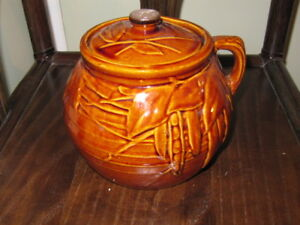 VINTAGE McCOY BEAN POT