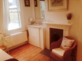 In Lady Owners House Room with Basin Fridge Micro UseBathShower IncludesBillsNet VeryNearTubeShops