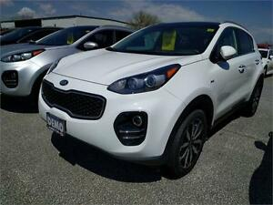 2017 Kia Sportage EX Tech RARE FIND New Style with NAVI