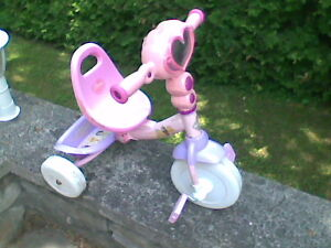 TRICYCLE DISNEY PRINCESSE
