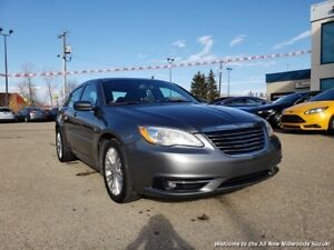 2012 Chrysler 200 Touring ACCIDENT FREE-LOW MONTHLY PAYMENTS
