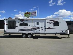 LOOK **$101 b/w (oac)** COUPLE'S TRAILER, REAR ENTERTAINMENT!