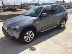 2007 BMW X5 4.8i AWD PANO ROOF / NAV/ DVD / JAMMER / LOW KM