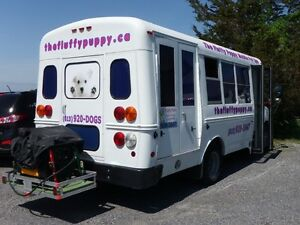 Mobile Pet Grooming Vehicle -- Turn key business Opportunity
