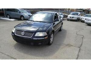 2005 Volkswagen Passat AWD | Leather | Sunroof |Heated Seats