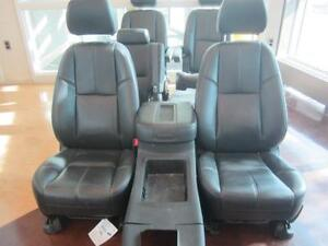 TAHOE FRONT/MID/REAR LEATHER SEATS 07-14 Peterborough Peterborough Area image 2