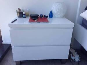 Fantastic Vogue Bed and Side Table Collingwood Yarra Area Preview