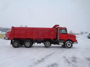2006 VOLVO VHD TRI-AXLE DUMP TRUCK, 20'FT STEEL BOX Kitchener / Waterloo Kitchener Area image 7