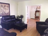 AVAILABLE IMMEDIATELY!! Room in East Hill Home