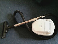 Hoover / Vacuum Cleaner £5 St George