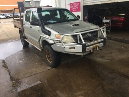 2006 Toyota Hilux Silver Cab Chassis Hermit Park Townsville City Preview