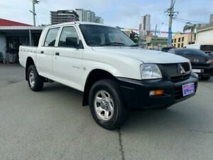 2005 Mitsubishi Triton MK MY05 GLX White 5 Speed Manual Double Cab Utility Southport Gold Coast City Preview