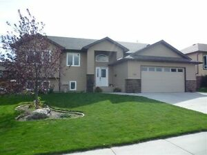 Beautiful Family Home in Fort MacLeod