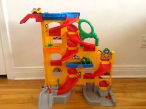 Module piste de course voiture Fisherprice Littlepeople