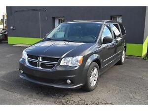 2012 Dodge Grand Caravan Crew with STOW-N-GO, LEATHER SEATS