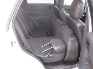 IMMACULATE !!! 2012 FORD ESCAPE London Ontario image 10