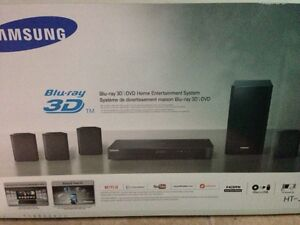 For Sale: Samsung Smart 3D Surround Sound System