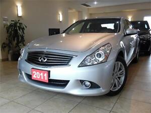 2011 INFINITI G37X Luxury Leather|Back-up Camera|Sunroof