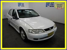 2001 Holden Vectra JS2 CD White 4 Speed Automatic Sedan Blair Athol Campbelltown Area Preview