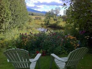 Adorable Country Cottage w/1.6 acres, Views, Close to Ski Hills West Island Greater Montréal image 1