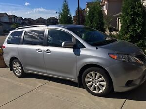 2014 Toyota Sienna 5DR LE 7-PASS AWD; Km 36K Excellent Condition