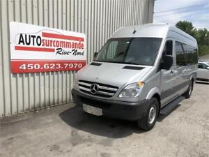 2011 Mercedes-Benz Fourgons Passagers Sprinter -- VEHICULE MEDIC