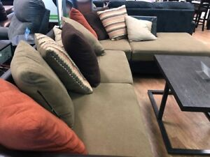 SOFA SECTIONAL USAGÉ