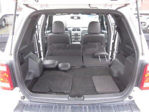 IMMACULATE !!! 2012 FORD ESCAPE London Ontario image 11