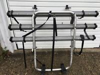 bike rack - for FORD GALAXY. Fits 3 bikes. Complete with accessories and ingood condition.