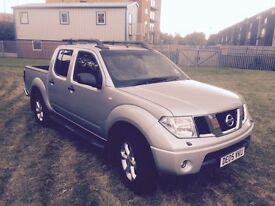 MINT CLEAN NISSAN NAVARA D40 2.5 DCI 2005 5 SPEED AUTOMATIC WITH ONLY 68K MILES