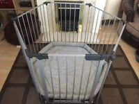 """Baby playpen """"silver"""" with playmat"""