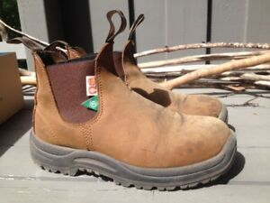 CSA Steel Toe Blundstones Size 6.5 mens 8.5 womens