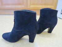 Navy Blue Ladies Ankle Boots - Size 7