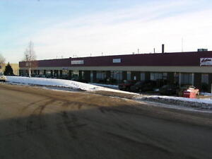 FOR SALE/ LEASE - 2600 SQFT OF OFFICE/WAREHOUSE IN THE SOUTHSIDE