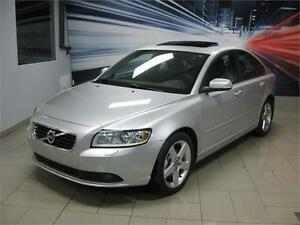 2011 Volvo S40 STAGE 2 KEYLESS CUIR, TOIT 100% APPROUVÉ