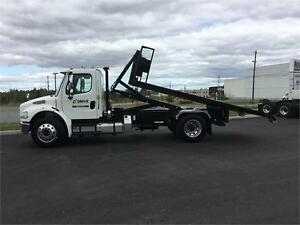 2017 Freightliner M2-106 - Kargo King Roll Off