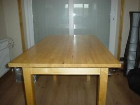 Pine table+ 4 folding chairs