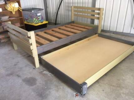 Stockmans Single Wood Bed and Trundle
