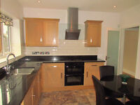 Selection of single and double rooms AVAILABLE NOW