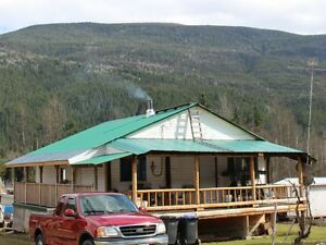 Year Round Living or Quiet Getaway!