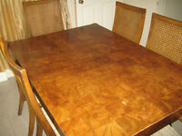 Dining table with 6 antique chairs