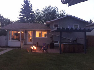 1 or 2 Room(s) in 3 Bedroom House Available NOW ($500- $600)