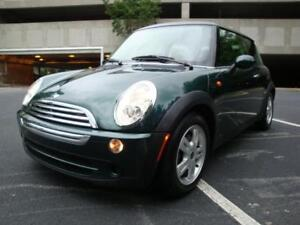 2006 Mini Cooper - Low mileage and excellent condition