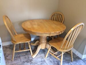 Oak Table + 6 chairs