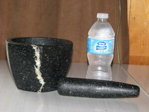 Black (Granite) Stone Mortar And Pestle