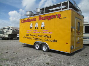 2009 Interstate MTF Custom Built Restaurant Truck