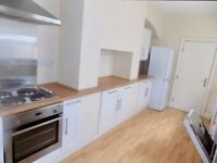 Lovely spacious 5 bedroom house available to rent in Salford